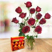 Everlasting Emotions of Love - Glass Vase Flowers